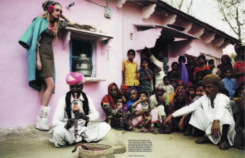 India_crowd_16